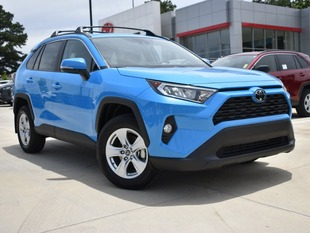 New 2019 Toyota RAV4 XLE SUV in Oxford, MS