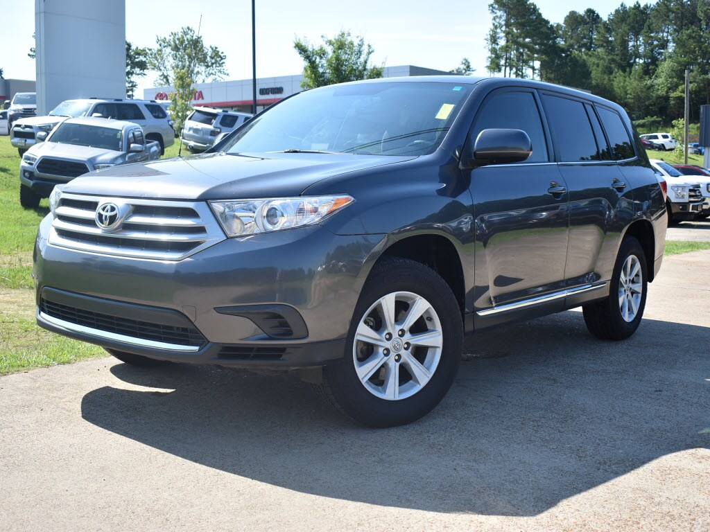 Used 2012 Toyota Highlander Front-Wheel Drive Base SUV (2.7L l4) For Sale Oxford, MS
