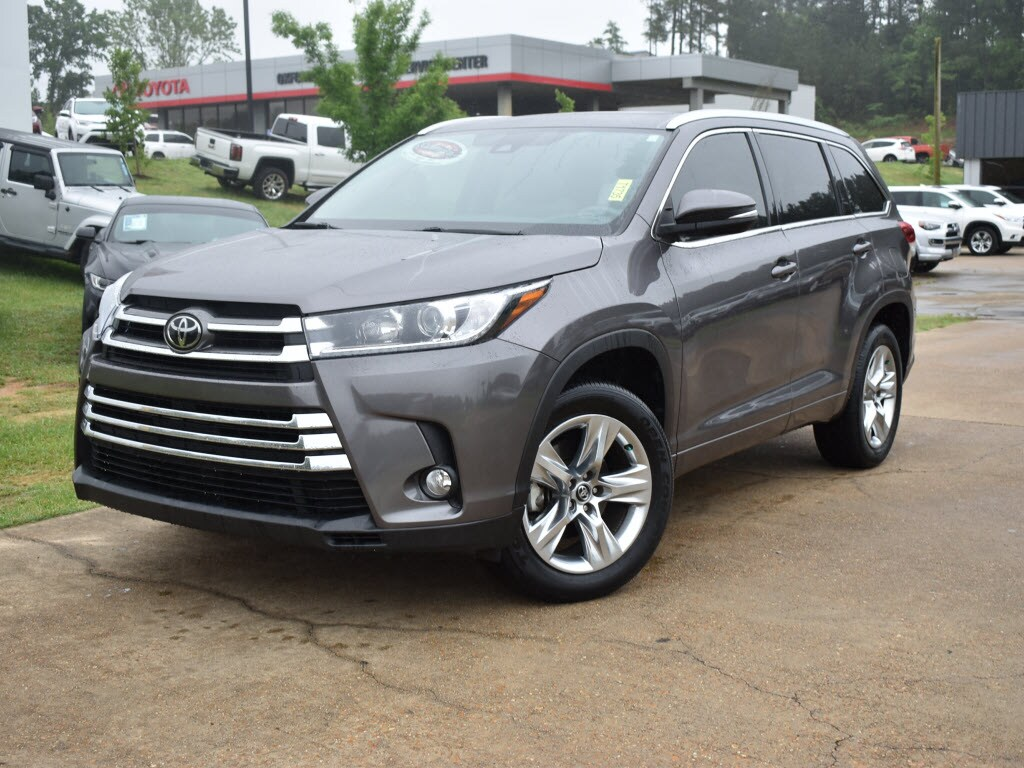 Certified Pre-Owned 2017 Toyota Highlander Limited V6 Front-Wheel Drive Limited SUV For Sale Oxford, MS