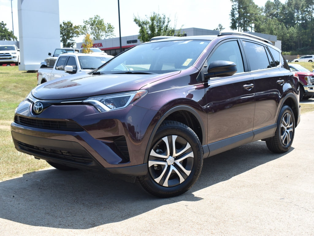 Used 2018 Toyota RAV4 LE Front-Wheel Drive LE SUV For Sale Oxford, MS