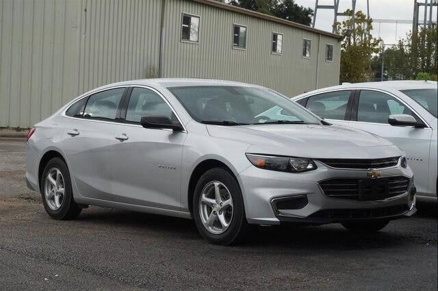 Pre-Owned 2018 Chevrolet Malibu 1LS