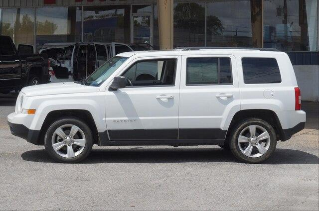 Pre-Owned 2014 Jeep Patriot FWD 4dr Latitude