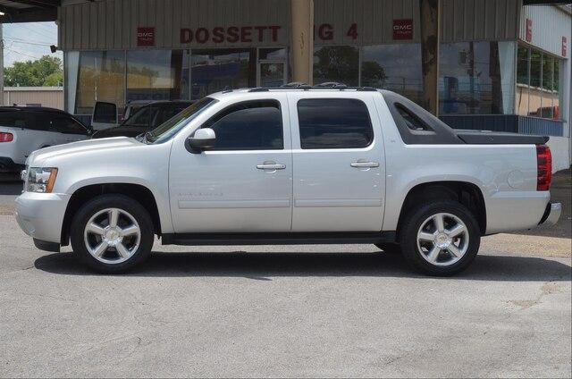 Pre-Owned 2011 Chevrolet Avalanche 2-Wheel Drive LT