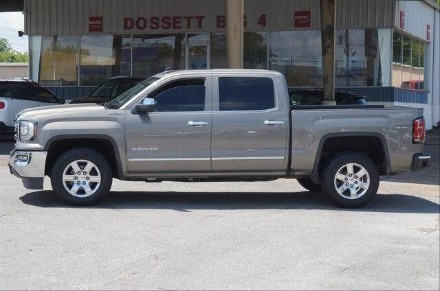 Pre-Owned 2017 GMC Sierra 1500 Crew Cab Short Box 4-Wheel Drive SLT