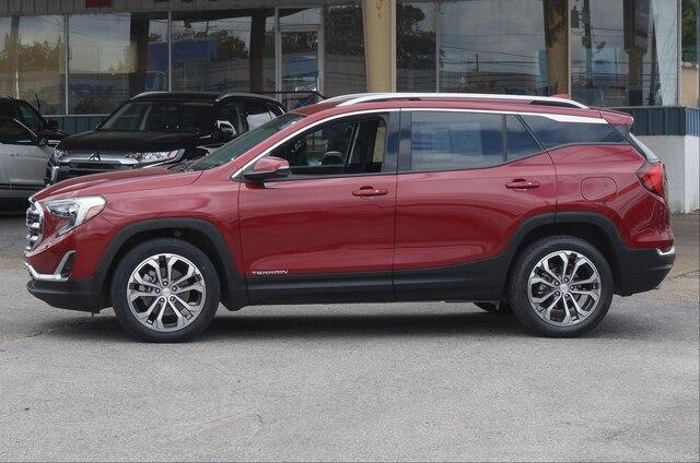 Certified Pre-Owned 2019 GMC Terrain FWD SLT