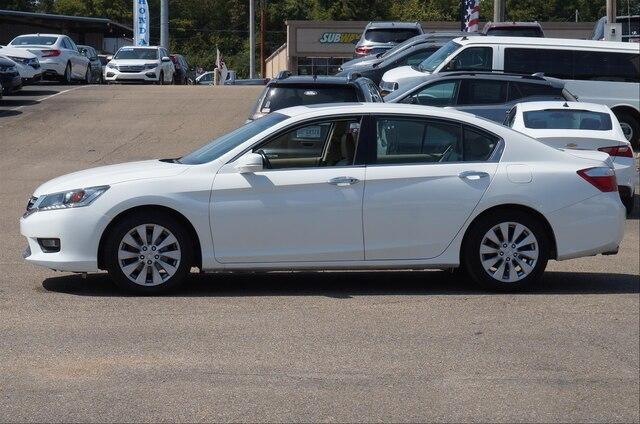Pre-Owned 2015 Honda Accord Sedan EX-L V6 Automatic