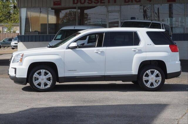 Certified Pre-Owned 2017 GMC Terrain FWD SLE-1