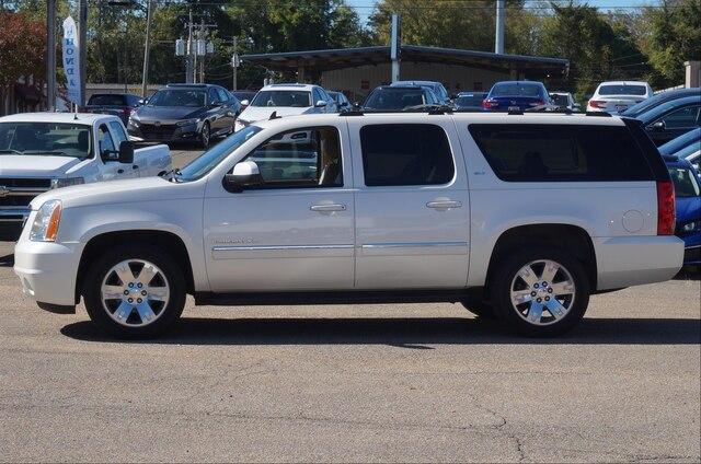 Pre-Owned 2013 GMC Yukon XL 2WD 4dr 1500 SLT